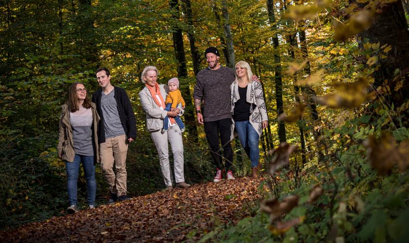 Portraitfotografie, Familienbild im Wald